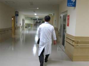 Image-Doctor-Walking-Away